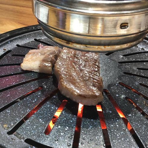 19年8月ソウル その13☆明洞で気持ちよい接客の焼肉屋さん、見つけた!_d0285416_18185845.jpg