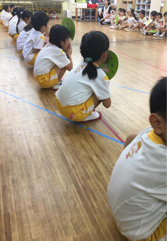 踊りの練習。_e0412431_13524543.jpg