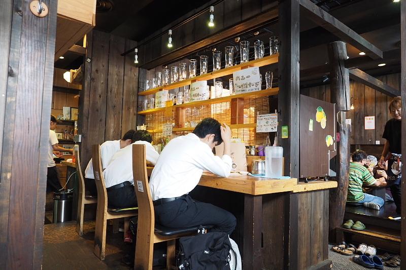 【デカい!!】松本から揚げセンター(からセン)の「山賊焼定食」_b0008655_14383980.jpg
