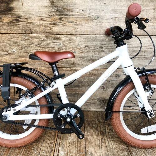 ロシア産「 SHULZ 」シュルツ おしゃれ子供自転車 14インチ キッズバイク おしゃれ自転車 SHULZ BUBBLE 14_b0212032_18095859.jpeg
