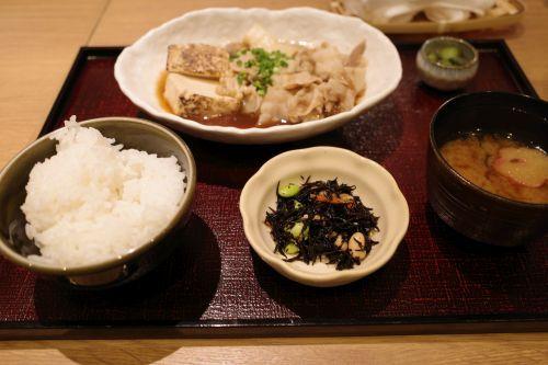 菜々やのちょい呑み_e0080345_16171637.jpg