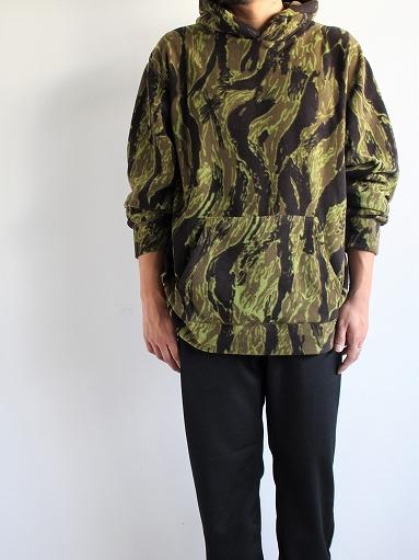 Needles Sportswear Warm-Up Hoodie - Poly Fleece / Tiger Camo Stripe_b0139281_12212480.jpg