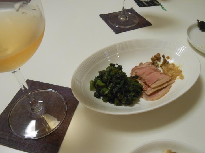 カモノハシとうしのはしで奥野田ビアンコを飲む。_a0095931_18522025.jpg