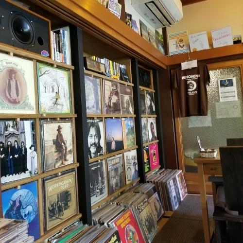 奥河内・音CAFE HENOHENO * 古民家×ハワイアンなカフェのロコモコランチ♪_f0236260_12214229.jpg