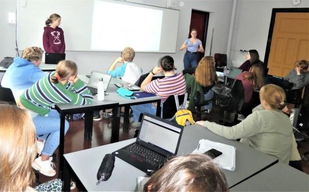 批判精神を養うことが学校教育の柱(ノルウェー)_c0166264_05584117.jpg