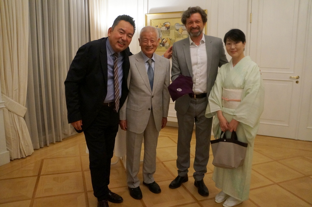 在ベルリン日本大使公邸レセプション 8/23_c0180686_01213940.jpg