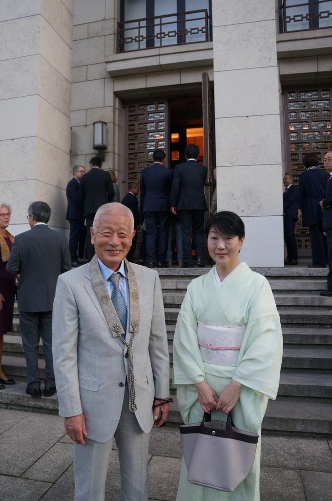 在ベルリン日本大使公邸レセプション 8/23_c0180686_01221880.jpg