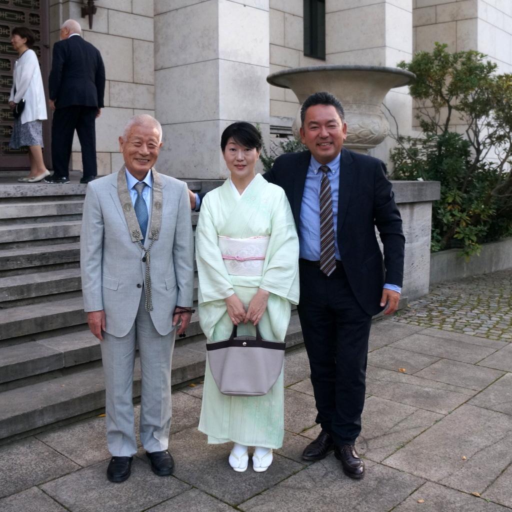 在ベルリン日本大使公邸レセプション 8/23_c0180686_01233485.jpg