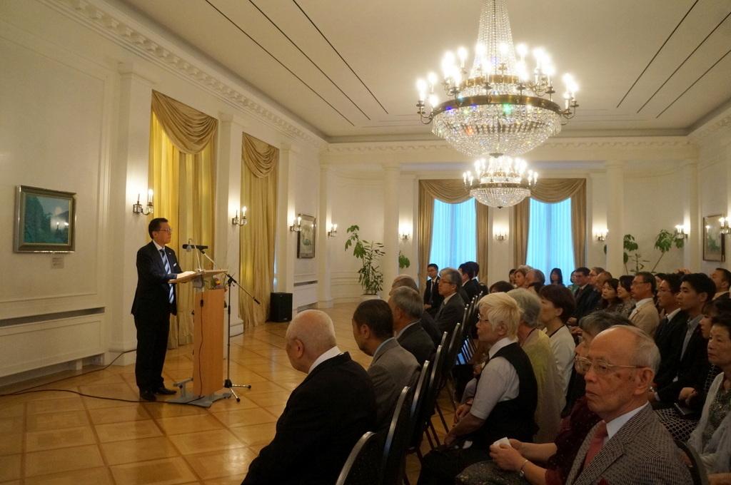 在ベルリン日本大使公邸レセプション 8/23_c0180686_02135240.jpg