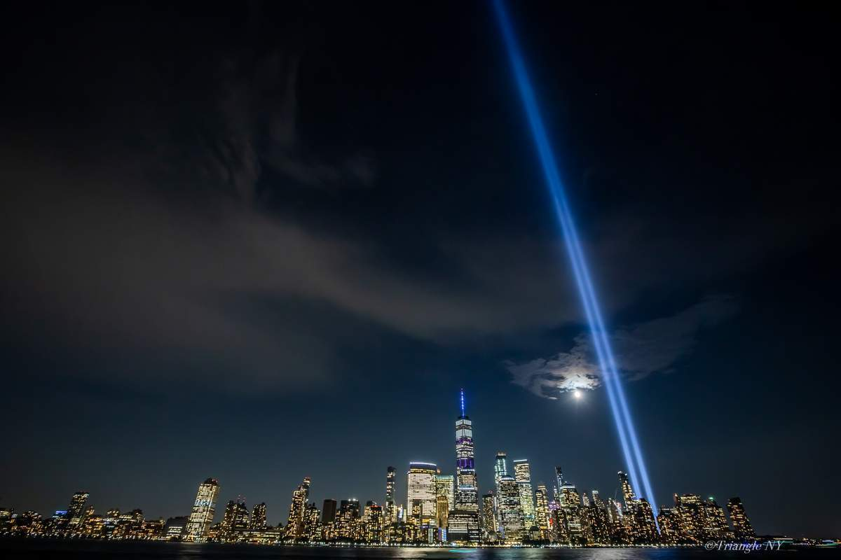 Tribute in Light 2019_a0274805_03342856.jpg