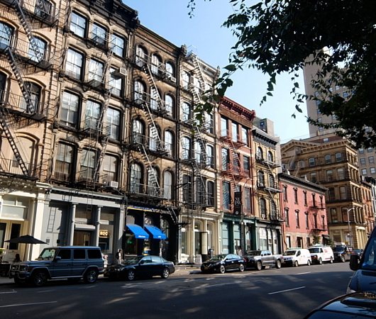 秋のニューヨーク、トライベッカ(Tribeca)地区の街角風景_b0007805_02305692.jpg