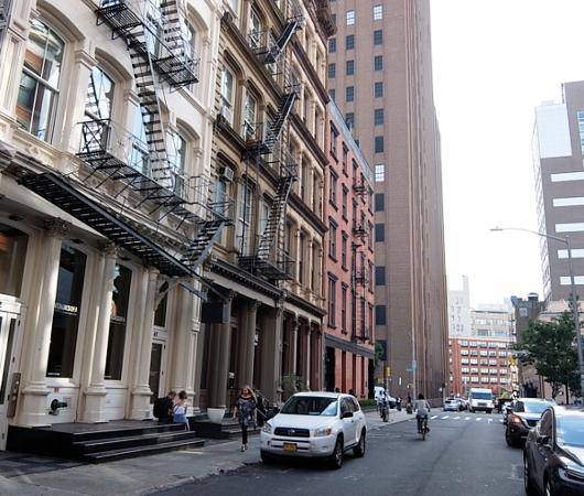 秋のニューヨーク、トライベッカ(Tribeca)地区の街角風景_b0007805_02402716.jpg