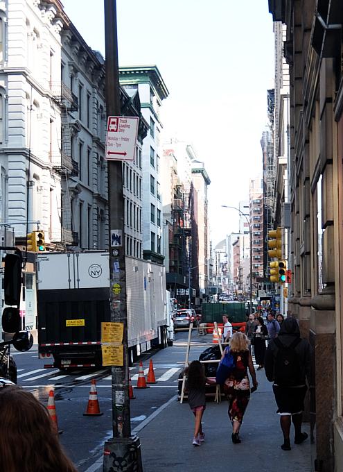 秋のニューヨーク、トライベッカ(Tribeca)地区の街角風景_b0007805_02424509.jpg