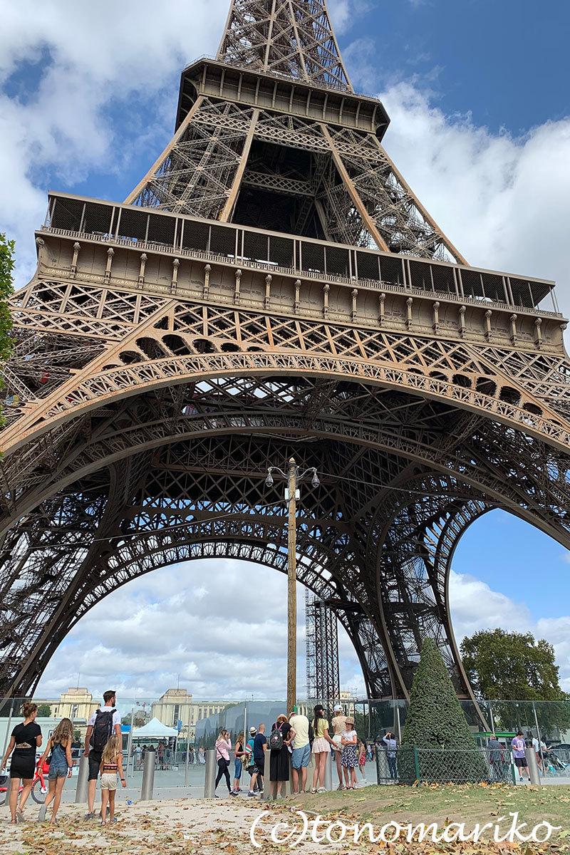 ストライキのパリでベビーカーのない我が家はひたすら歩く!_c0024345_23084209.jpg