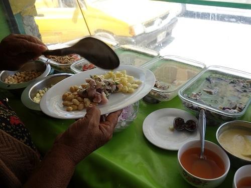 チクラヨのホテル近くで貝入りのセビーチェを食べてみた_c0030645_05303488.jpg