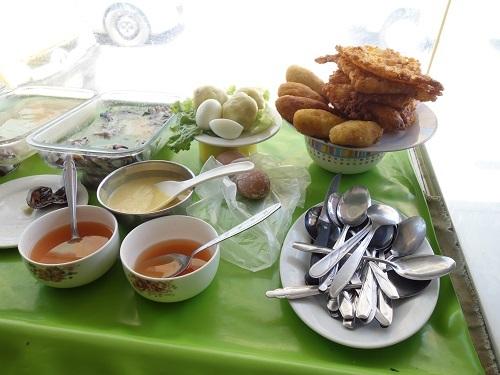 チクラヨのホテル近くで貝入りのセビーチェを食べてみた_c0030645_05304666.jpg