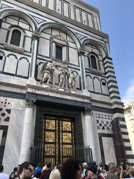*イタリアの旅 *_e0159050_16265192.jpeg