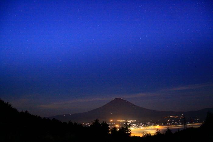 令和元年9月の富士(11)乙女峠夜明け前の富士_e0344396_16265762.jpg