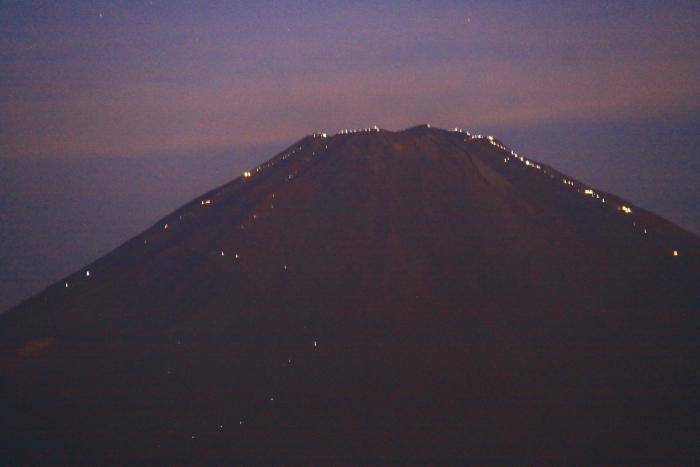 令和元年9月の富士(11)乙女峠夜明け前の富士_e0344396_16271016.jpg