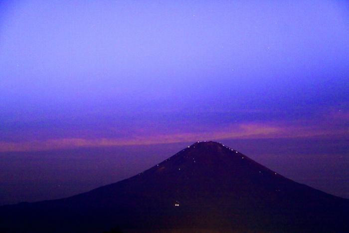 令和元年9月の富士(11)乙女峠夜明け前の富士_e0344396_16271897.jpg