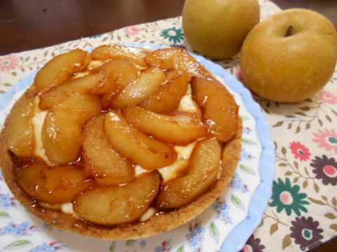 梨のキャラメルタルト ホットケーキミックスを使って_f0019498_10595920.jpg