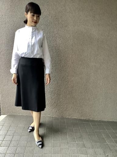 りえさん着画集 スカート①_b0210699_00215635.jpeg