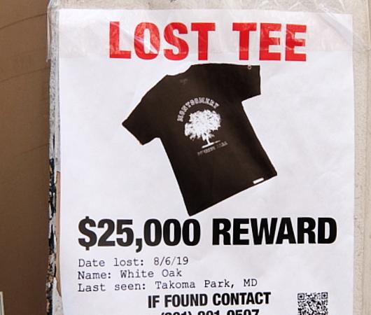 「Tシャツ見つけたら賞金25,000ドル」っていう謎のはり紙、見つけました_b0007805_05132020.jpg