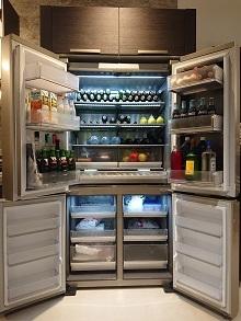 無駄をそぎ落とした美しい冷蔵庫!_d0091909_10171588.jpg