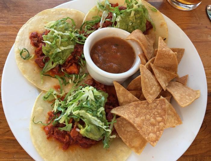 よく食べ、よく話し、よく歩いています/ We Are Eating Well In California_e0310424_02482756.jpg
