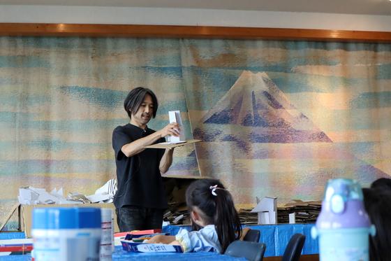 やと子ども美術教室 ~  ダンボールでつくる立体 ~_e0222340_15415025.jpg