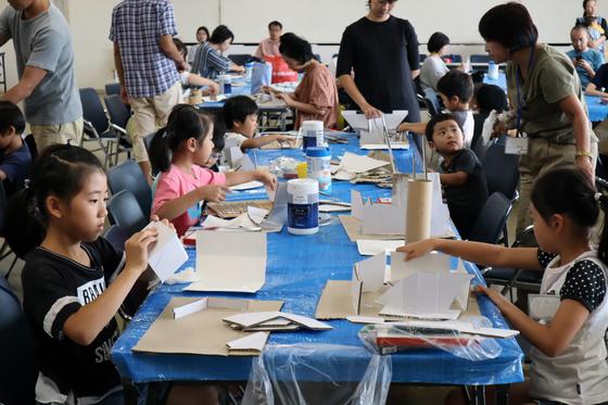 やと子ども美術教室 ~  ダンボールでつくる立体 ~_e0222340_15512435.jpg