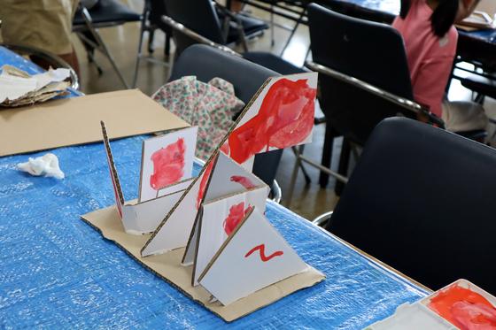 やと子ども美術教室 ~  ダンボールでつくる立体 ~_e0222340_15563794.jpg