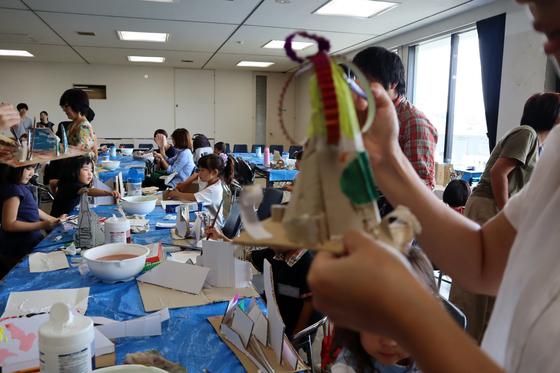 やと子ども美術教室 ~  ダンボールでつくる立体 ~_e0222340_161087.jpg