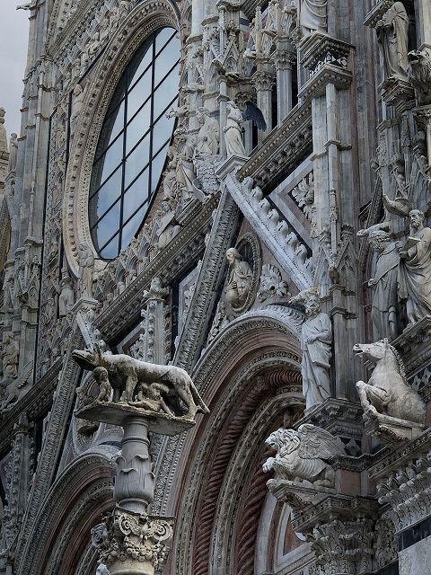 *イタリア ピサの斜塔~   *_e0159050_20033633.jpg