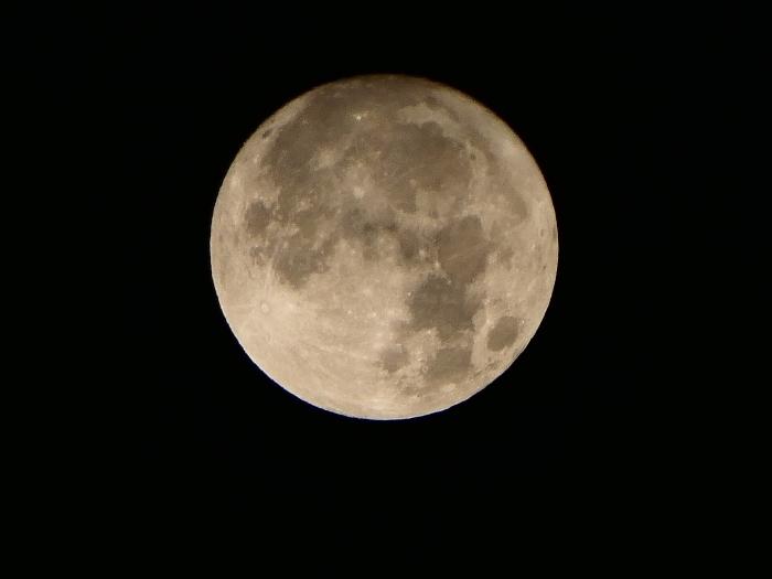 中秋の名月(十五夜)  2019-09-17 00:00  _b0093754_22403730.jpg