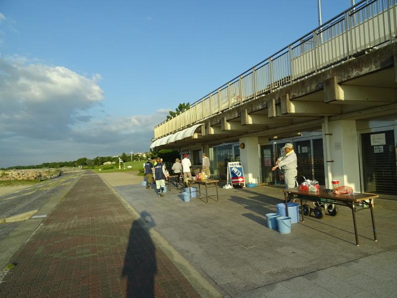 「ウミホタルウオッチング」 in  せんなん里海公園潮騒ビバレー前砂浜_c0108460_22333403.jpg