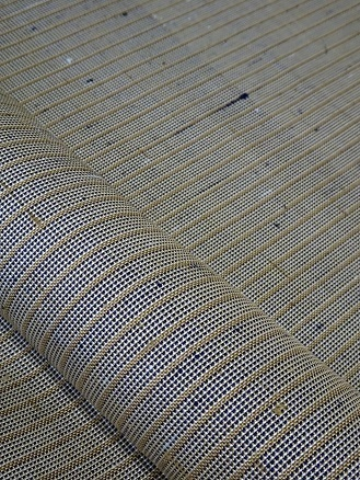 新しい『お柱織り』は、縞の中の小さな格子です。_f0177373_18575127.jpg