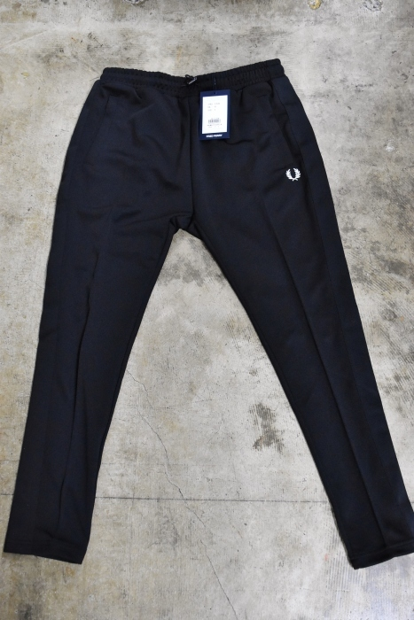 FRED PERRY   TRACK SKINNY PANTS ★_d0152280_06013266.jpg