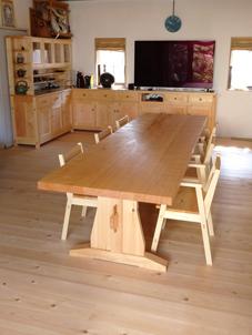 3mダイニングテーブル&スタッキングアームチェア納品_a0061599_23543143.jpg