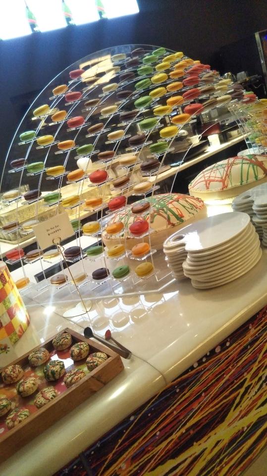 ANAインターコンチネンタルホテル東京 シャンパン・バー カラーフルーツ・スイーツブッフェ_f0076001_23471785.jpg