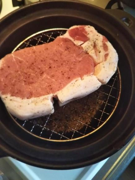 豚ロース燻製と、鶏むね燻製_f0316507_20583206.jpg
