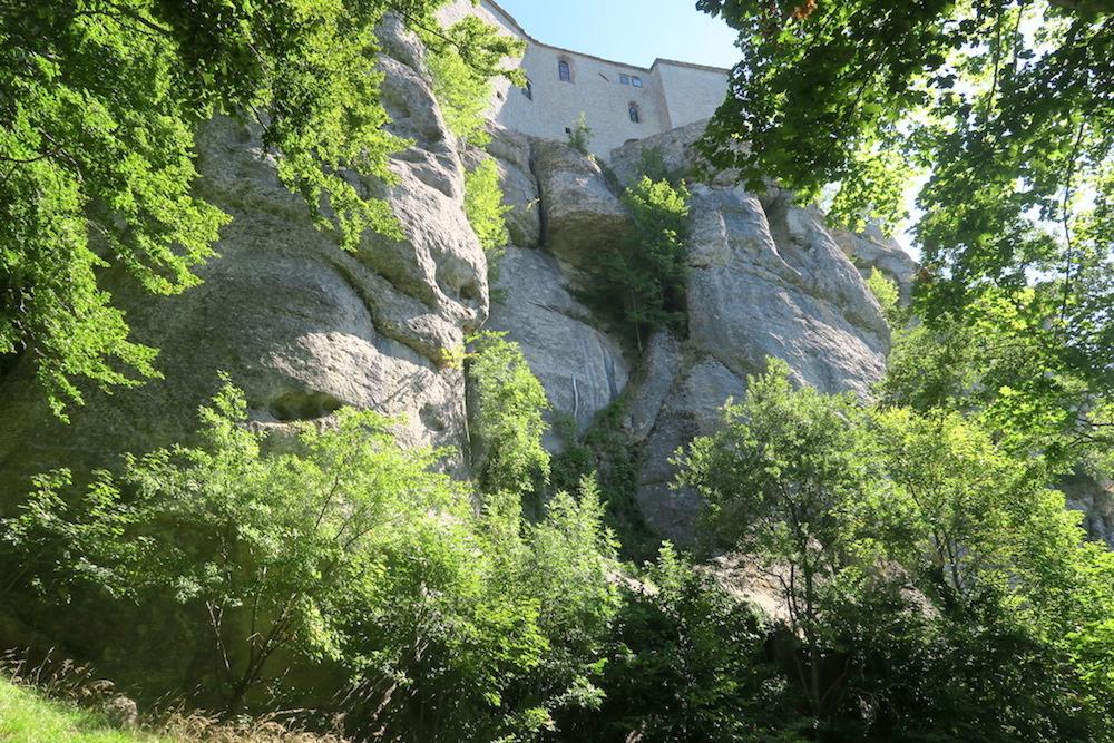 ラヴェルナの緑の森にも秋の足音_f0234936_6271675.jpg