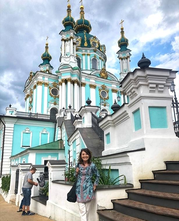 アンドレイ教会@キエフ/ウクライナ_a0092659_00042552.jpg