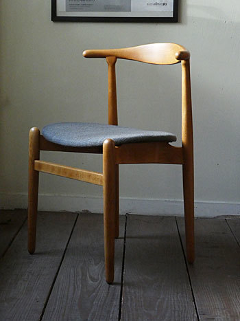 Hans J.Wegner FH708 Stacking chair_c0139773_01141629.jpg