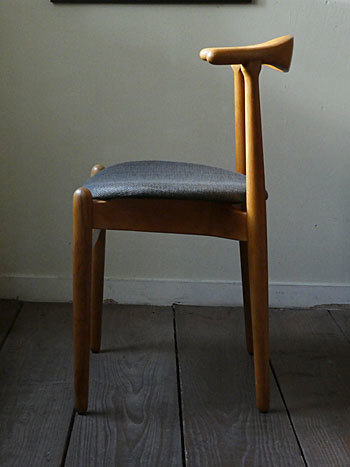 Hans J.Wegner FH708 Stacking chair_c0139773_01142580.jpg