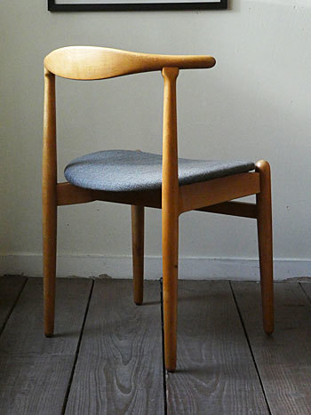 Hans J.Wegner FH708 Stacking chair_c0139773_01143536.jpg
