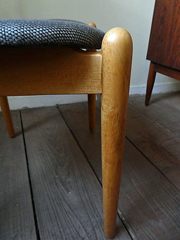 Hans J.Wegner FH708 Stacking chair_c0139773_01184703.jpg