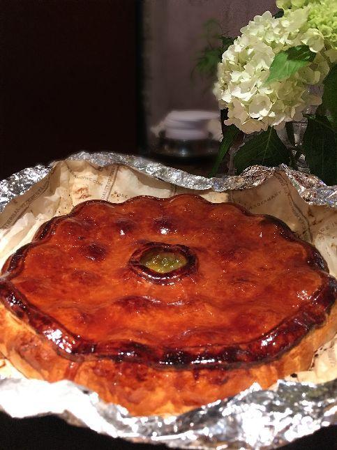Pâté aux prunesをひとつ色々考えてみちゃおうっと(パン屋さんの巻)_b0346275_05353860.jpg