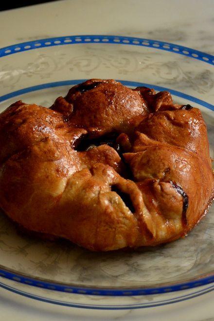 Pâté aux prunesをひとつ色々考えてみちゃおうっと(パン屋さんの巻)_b0346275_05522202.jpg