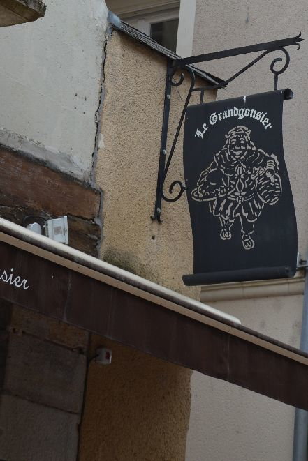 Pâté aux prunesをひとつ色々考えてみちゃおうっと(パン屋さんの巻)_b0346275_06032402.jpg